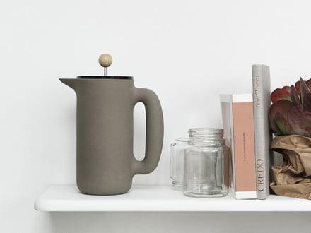 Kaffeezubereiter aus Edelstahl und Glas | connox.at | {Kaffeebereiter 28}
