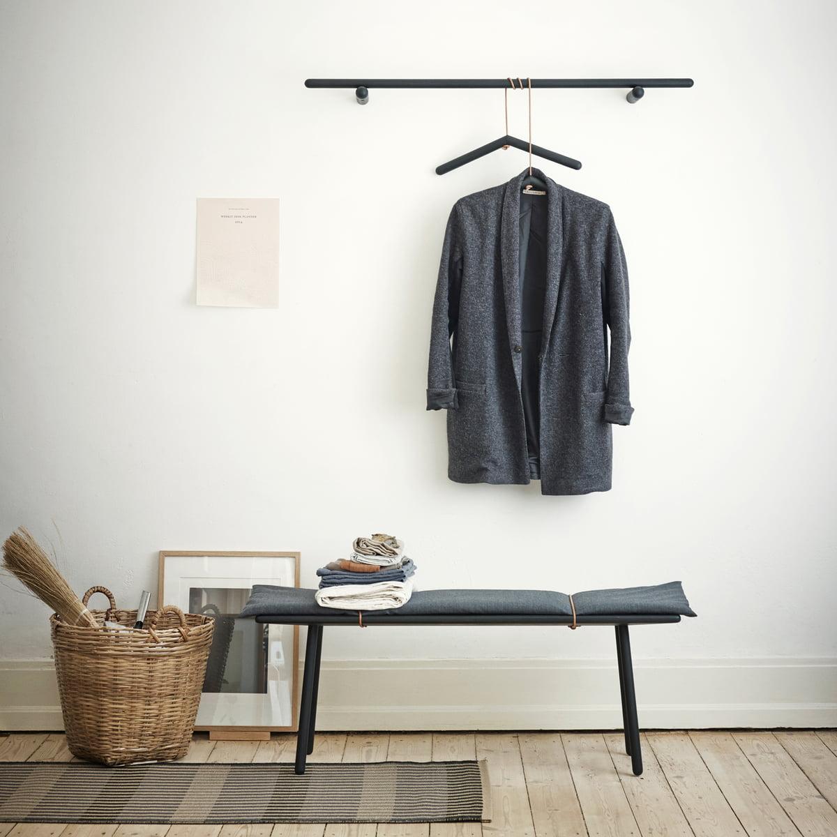 Georg garderobe von skagerak im design shop for Bank garderobe